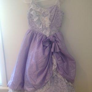 Dresses - VTG 80's lace Ruffle Prom dress